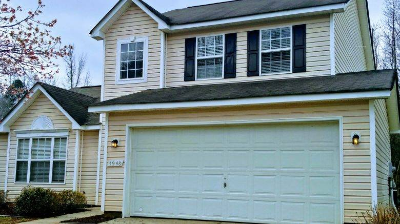 1948 Forest Side Lane & 4 Bedrooms 2.5 Bathrooms Single Family Home @ University Heights ...